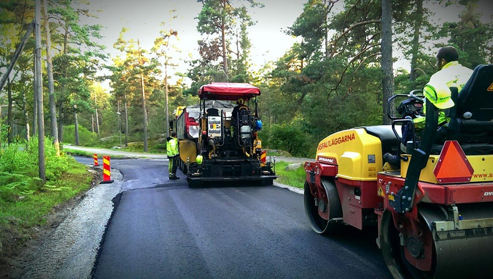 asfaltering av väg